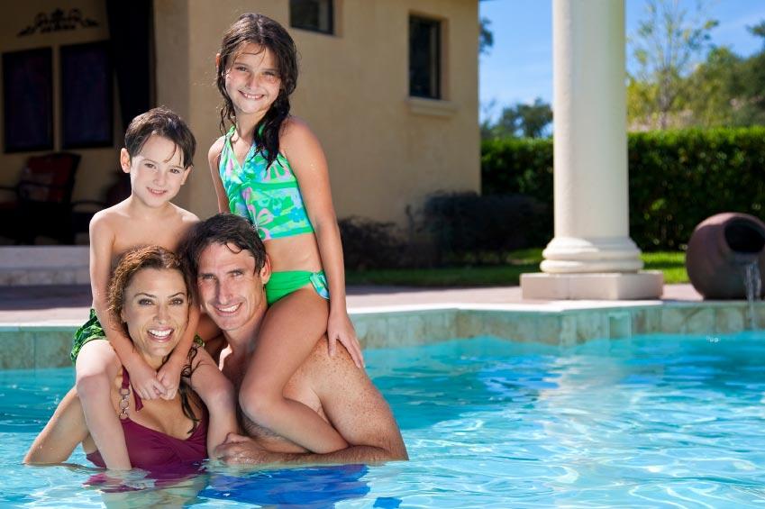 Бассейн для всей семьи