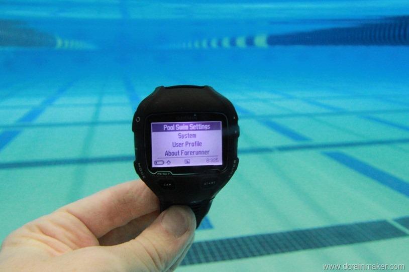 Часы для бассейна