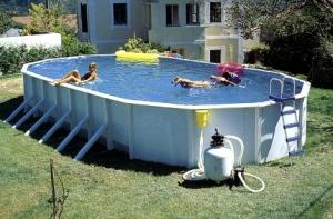 Компактный бассейн
