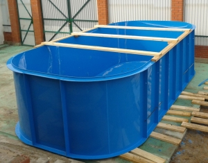 Производство пластиковых бассейнов, видео