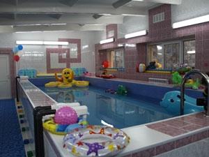 Надувные игрушки для детского бассейна