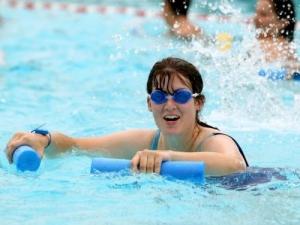Занятия в бассейне для женщин