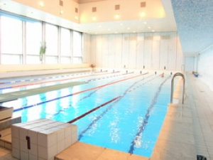 Где можно получить справку в бассейн в Бронницах