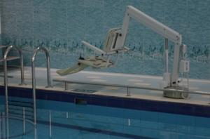 Бассейн для инвалидов: оборудование, фото