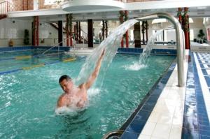 Лечебные процедуры в бассейне