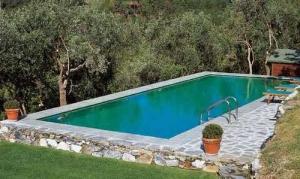 Бассейн без крыши